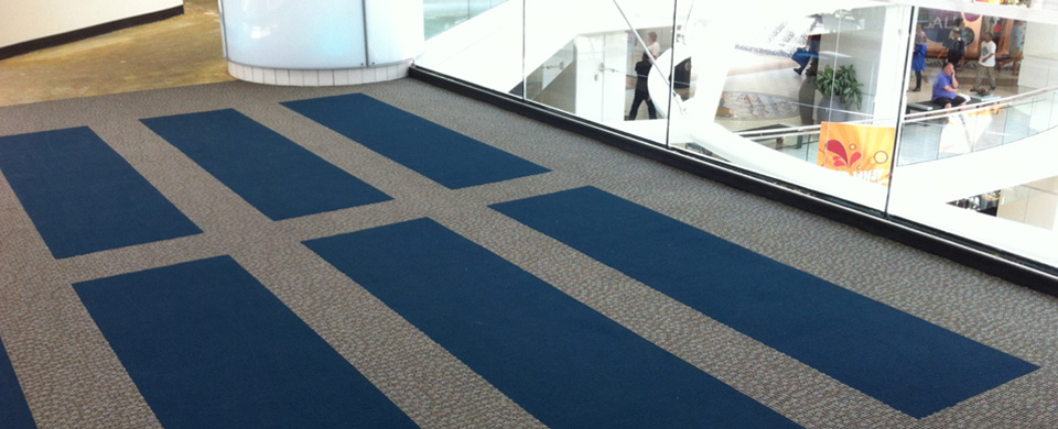 Broadloom Vs. Carpet Tiles in Commercial Applications